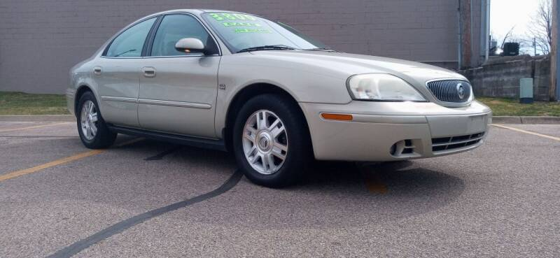 2004 Mercury Sable for sale at Double Take Auto Sales LLC in Dayton OH