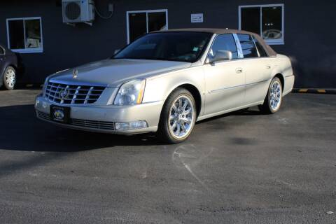 2009 Cadillac DTS for sale at Great Lakes Classic Cars & Detail Shop in Hilton NY