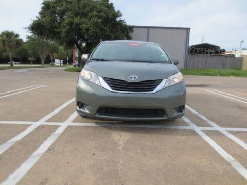 2012 Toyota Sienna for sale at MOTORS OF TEXAS in Houston TX