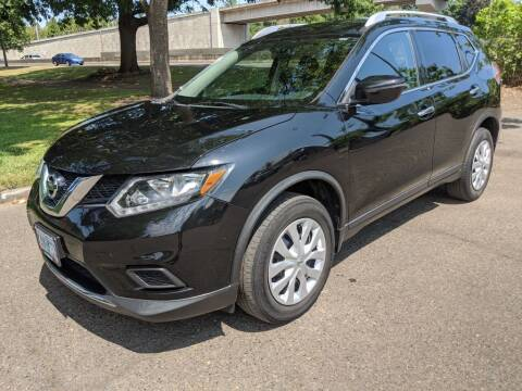 2016 Nissan Rogue for sale at EXECUTIVE AUTOSPORT in Portland OR