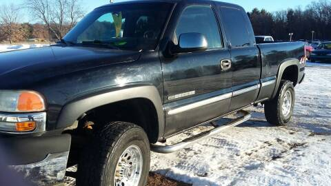 2001 GMC Sierra 2500HD for sale at Expressway Auto Auction in Howard City MI
