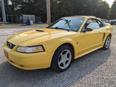 1999 Ford Mustang for sale at AUTO PROS SALES AND SERVICE in Belleville IL