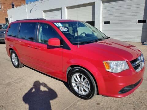 2013 Dodge Grand Caravan for sale at Apex Auto Sales in Coldwater KS