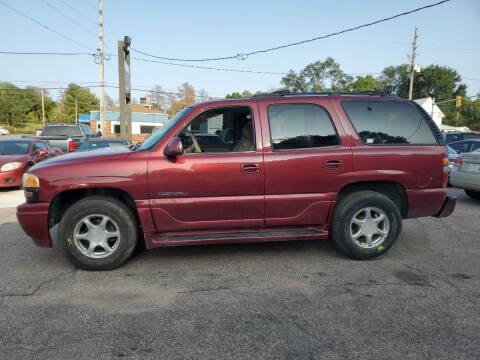 2001 GMC Yukon for sale at RIVERSIDE AUTO SALES in Sioux City IA