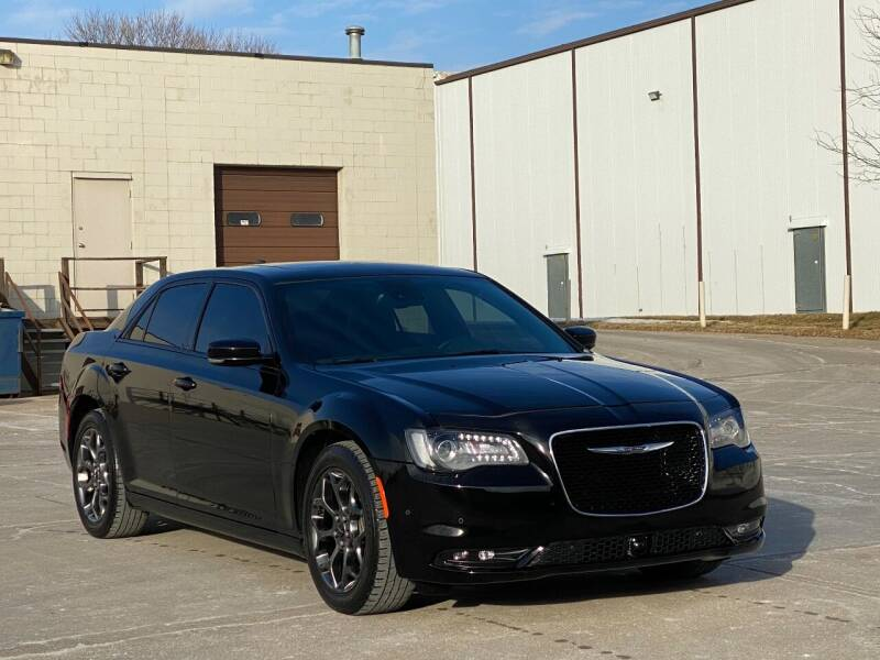 2015 Chrysler 300 for sale at MILANA MOTORS in Omaha NE