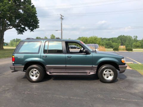 1996 Ford Explorer for sale at Fox Valley Motorworks in Lake In The Hills IL