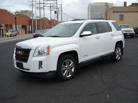 2015 GMC Terrain for sale at Shelton Motor Company in Hutchinson KS