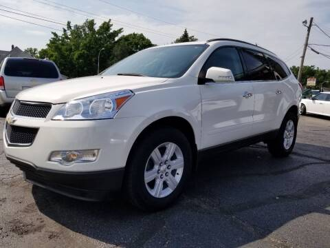 2011 Chevrolet Traverse for sale at DALE'S AUTO INC in Mount Clemens MI