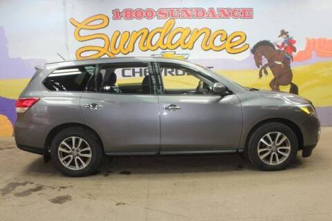 2015 Nissan Pathfinder for sale at Sundance Chevrolet in Grand Ledge MI