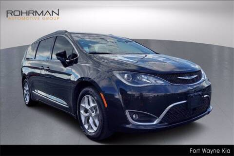 2018 Chrysler Pacifica for sale at BOB ROHRMAN FORT WAYNE TOYOTA in Fort Wayne IN