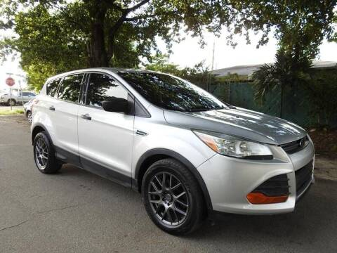 2014 Ford Escape for sale at SUPER DEAL MOTORS in Hollywood FL