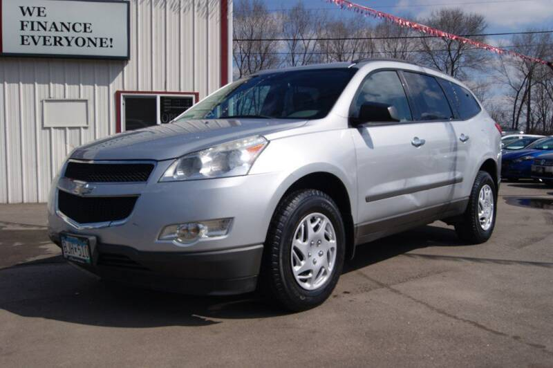 2012 Chevrolet Traverse for sale at Dealswithwheels in Inver Grove Heights MN