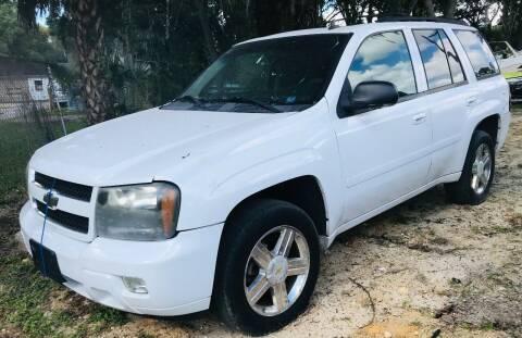 2007 Chevrolet TrailBlazer for sale at Pioneers Auto Broker in Tampa FL