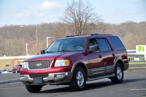 2004 Ford Expedition for sale at T CAR CARE INC in Philadelphia PA