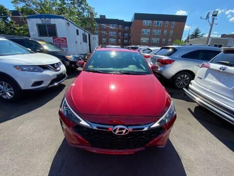 2019 Hyundai Elantra for sale at OFIER AUTO SALES in Freeport NY
