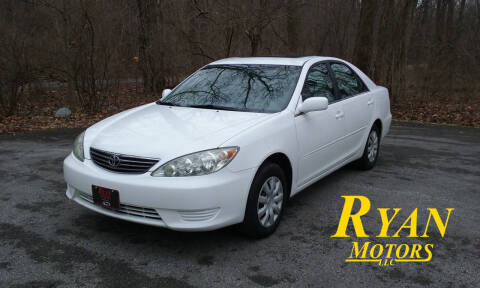 2006 Toyota Camry for sale at Ryan Motors LLC in Warsaw IN