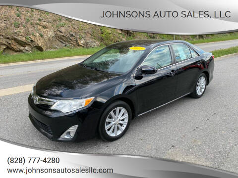 2013 Toyota Camry for sale at Johnsons Auto Sales, LLC in Marshall NC