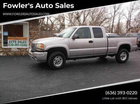 2005 GMC Sierra 2500HD for sale at Fowler's Auto Sales in Pacific MO
