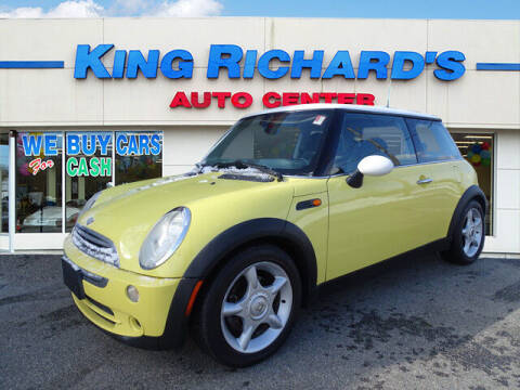 2005 MINI Cooper for sale at KING RICHARDS AUTO CENTER in East Providence RI
