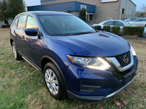 2018 Nissan Rogue for sale at Essen Motor Company, Inc in Lebanon TN