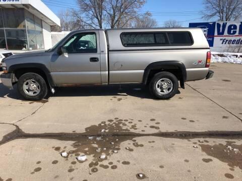 2000 Chevrolet Silverado 1500 for sale at Velp Avenue Motors LLC in Green Bay WI