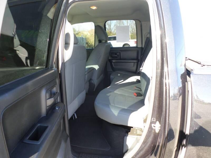2017 RAM Ram Pickup 1500 4x2 Express 4dr Quad Cab 6.3 ft. SB Pickup - Bentonville AR