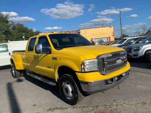 2006 Ford F-350 Super Duty for sale at Virginia Auto Mall in Woodford VA