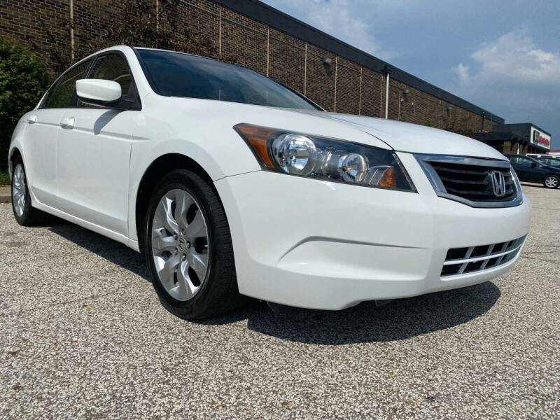 2008 Honda Accord for sale at Classic Motor Group in Cleveland OH