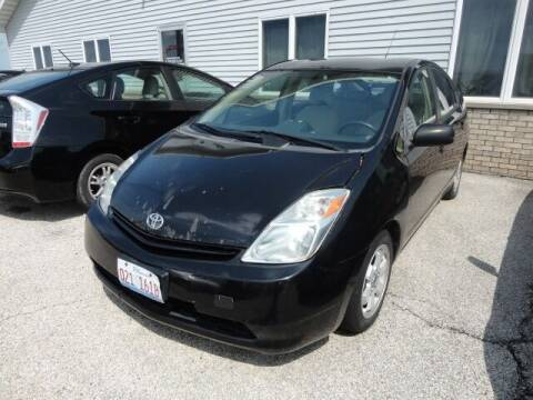 2004 Toyota Prius for sale at CARZ R US 1 in Heyworth IL