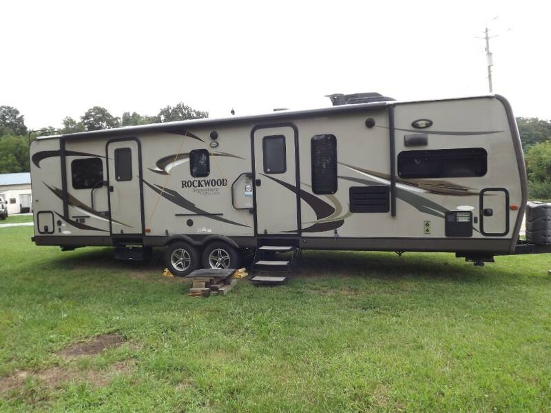 2013 Forest River Rockwood for sale at Country Side Auto Sales in East Berlin PA