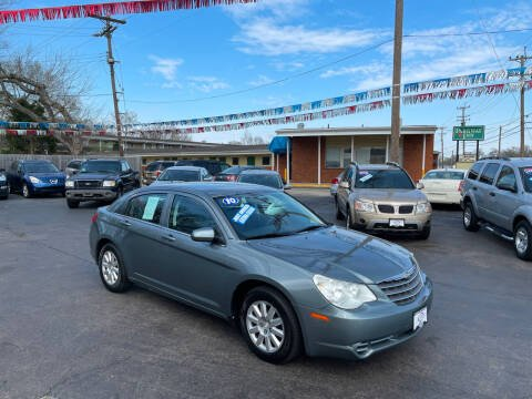 2010 Chrysler Sebring for sale at Hensley Auto Group in Middletown OH
