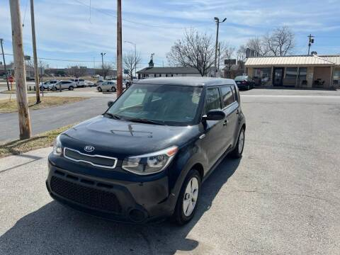 2015 Kia Soul for sale at Auto Hub in Grandview MO