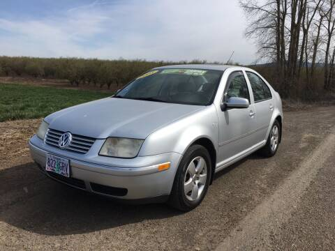 2005 Volkswagen Jetta for sale at M AND S CAR SALES LLC in Independence OR
