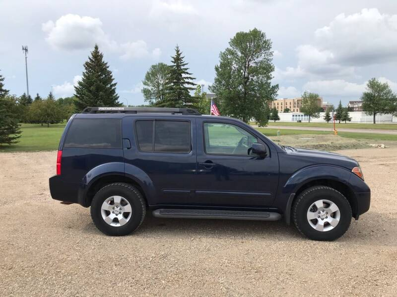 2007 Nissan Pathfinder for sale at Crown Motor Inc in Grand Forks ND