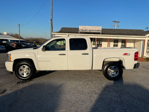 2009 Chevrolet Silverado 1500 for sale at TAVERN MOTORS in Laurens SC