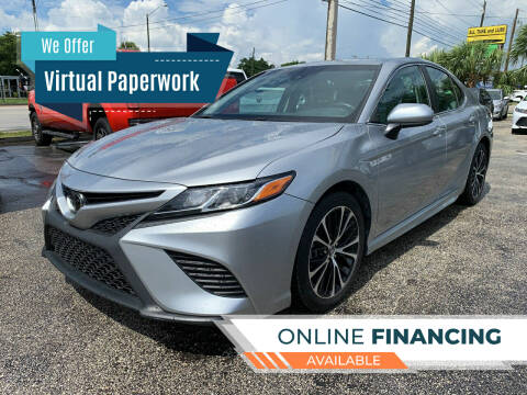 2018 Toyota Camry for sale at Bargain Auto Sales in West Palm Beach FL