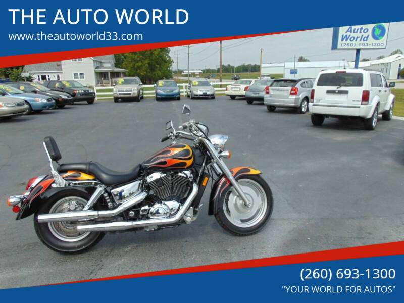 2007 Honda SABRE SHADOW VT1100 for sale at THE AUTO WORLD in Churubusco IN