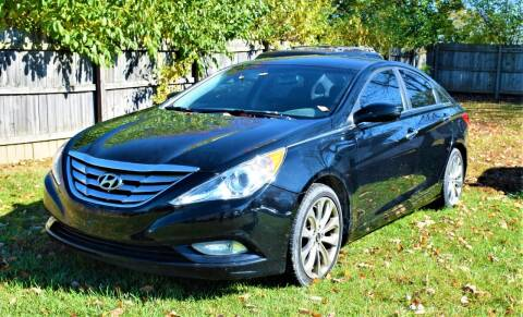 2012 Hyundai Sonata for sale at PINNACLE ROAD AUTOMOTIVE LLC in Moraine OH