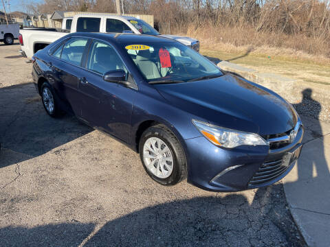 2015 Toyota Camry for sale at Foust Fleet Leasing in Topeka KS