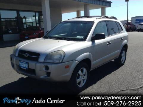 2006 Hyundai Tucson for sale at PARKWAY AUTO CENTER AND RV in Deer Park WA