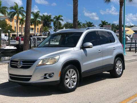 2009 Volkswagen Tiguan for sale at L G AUTO SALES in Boynton Beach FL