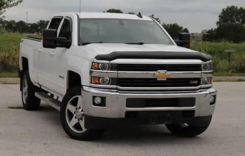 2016 Chevrolet Silverado 2500HD for sale at Big O Auto LLC in Omaha NE