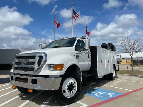 2005 Ford F-750 Super Duty for sale at TWIN CITY MOTORS in Houston TX