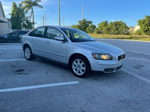 2007 Volvo S40 for sale at UNITED AUTO BROKERS in Hollywood FL