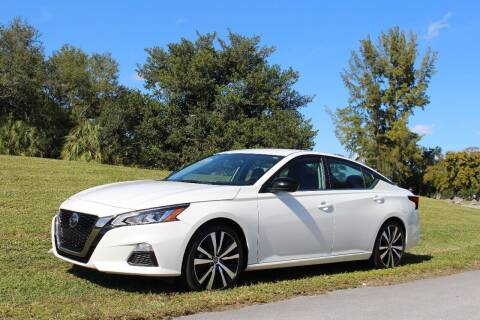 2019 Nissan Altima for sale at CHASE MOTOR in Miami FL