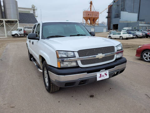2004 Chevrolet Silverado 1500 for sale at J & S Auto Sales in Thompson ND