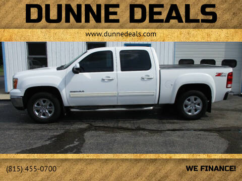 2009 GMC Sierra 1500 for sale at Dunne Deals in Crystal Lake IL