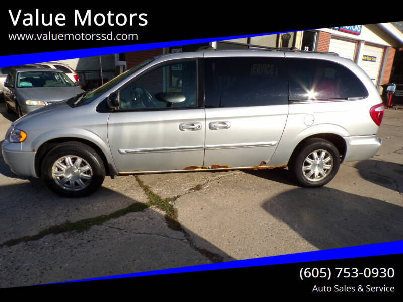 2006 Chrysler Town and Country for sale at Value Motors in Watertown SD