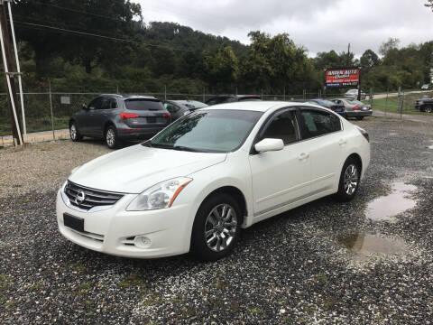 2010 Nissan Altima for sale at Arden Auto Outlet in Arden NC