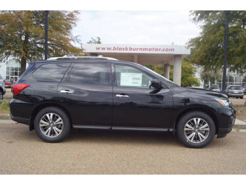 2020 Nissan Pathfinder for sale at BLACKBURN MOTOR CO in Vicksburg MS